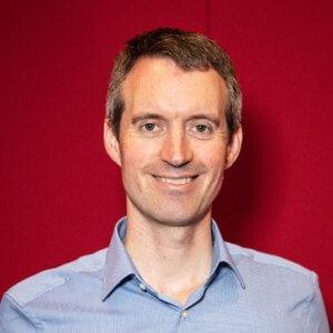 Dr Oliver Searle Image