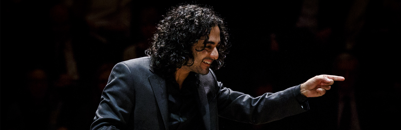 Music graduate Kerem Hasan appointed Chief Conductor in Innsbruck Image